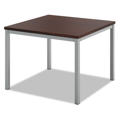 basyx® Occasional Corner Table