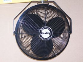 "18"" 3-SPEED INDUSTRIAL FAN"