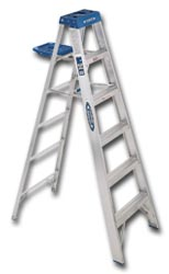 HEAVY DUTY ALUMINUM STEPLADDER