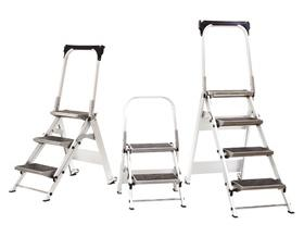 LITTLE GIANT LADDER® SAFETY STEP INDUSTRIAL STEPSTOOLS